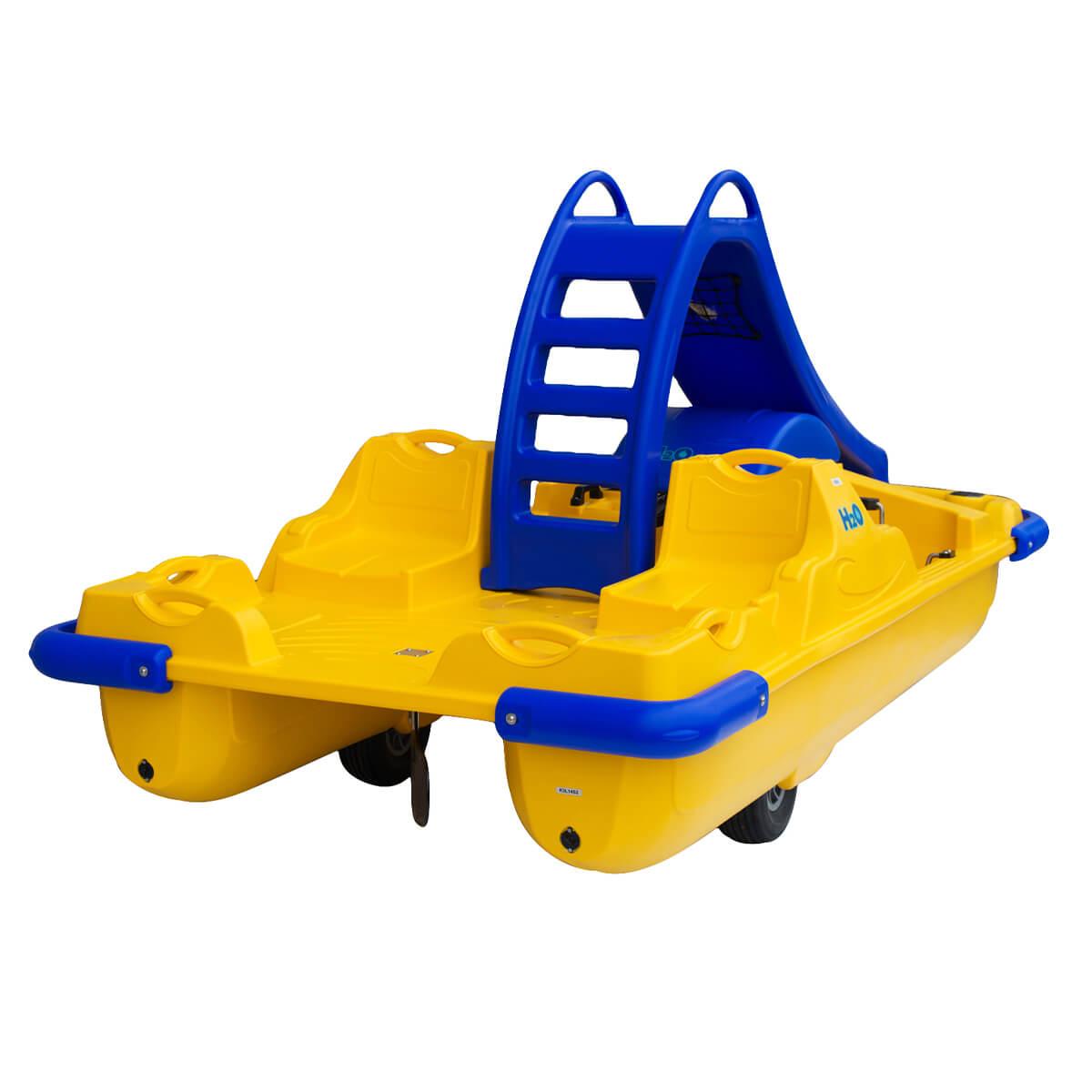 ho pedalo azzurro giallo per coppia con scivolo eurotank