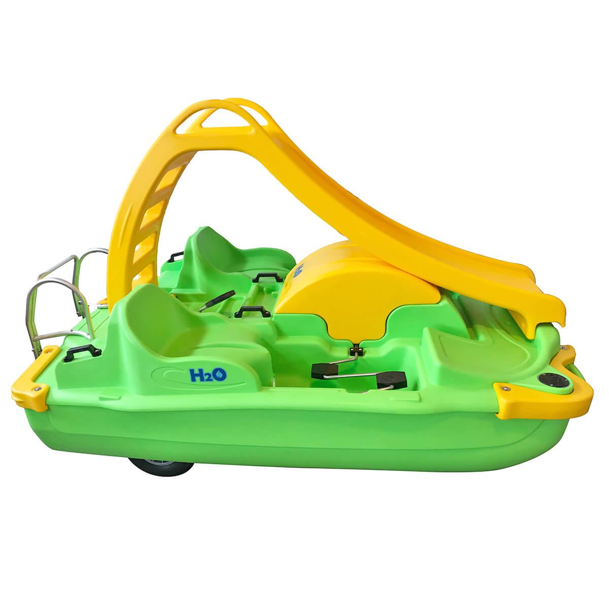ho pedalo verde giallo per coppia con scivolo eurotank